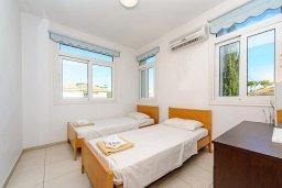 Спальня 2. Кипр, Фиг Три Бэй Протарас : Замечательная вилла с видом на Средиземное море, с 3-мя спальнями, 2-мя ванными комнатами, балконом, солнечной террасой с патио и барбекю