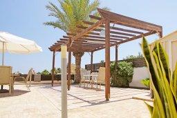 Патио. Кипр, Ионион - Айя Текла : Очаровательная двухэтажная вилла с плавательным бассейном, патио и барбекю, расположена в тихом спокойном месте Айя Текла