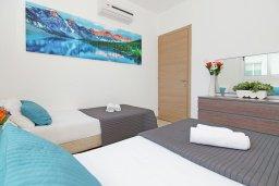 Спальня 3. Кипр, Пернера : Современная вилла с 3-мя спальнями, с бассейном, тенистой террасой с патио и барбекю, расположена в 800 метрах от пляжа Kalamies Beach