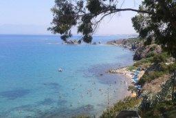 Ближайший пляж. Кипр, Лачи : Современная вилла с 3-мя спальнями ,с открытым частным бассейном, расположенная на краю Национального парка Акамас