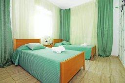 Спальня 2. Кипр, Фиг Три Бэй Протарас : Двухэтажная вилла с 3-мя спальнями, с беседкой, приватным двориком и барбекю