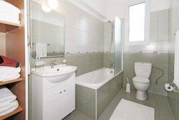 Ванная комната. Кипр, Фиг Три Бэй Протарас : Двухэтажная вилла с 3-мя спальнями, с беседкой, приватным двориком и барбекю