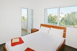 Спальня. Кипр, Пернера Тринити : Привлекательная двухэтажная вилла с 3-мя спальнями, с чудесным садиком, бассейном и верандой