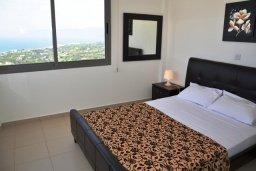 Спальня 2. Кипр, Лачи : Современная вилла с 3-мя спальнями, с потрясающим панорамным видом на море, с частным бассейном с подогревом, садом и охраняемой парковкой
