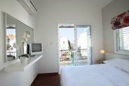 Спальня. Кипр, Коннос Бэй : Двухэтажная вилла с 2-мя спальнями, с большим открытым плавательным бассейном и барбекю
