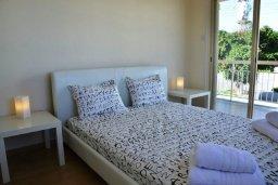 Спальня 4. Кипр, Фиг Три Бэй Протарас : Современная вилла с 4-мя спальнями, с открытым плавательным бассейном, с большим садом и прекрасным видом на море, расположена в спокойном и тихом районе Протараса