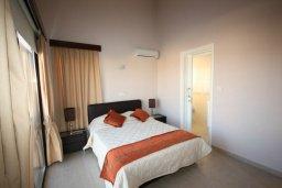 Спальня. Кипр, Писсури : Очаровательная вилла с 3-мя спальнями для 6-ти человек с бассейном, окруженная ухоженным зеленым садом