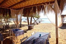 Пляж Thalassines private Beach в Айя Текле (Айя Фекле, Ионион)