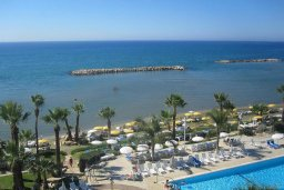 Пляж Палм бич (Palm beach blue flag) в Ороклини, Декелия роуд