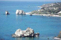 Пляж Aphrodite Baths beach / Petra tou Romiou (место рождения Афродиты) в Петра ту Ромио