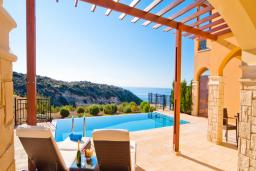 Кипр, Афродита Хиллз : Вилла с видом на море, с 3-мя спальнями, с бассейном, расположена в Афродита Хиллз