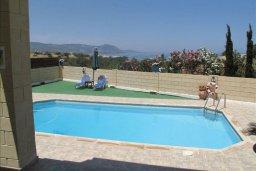 Бассейн. Кипр, Полис город : Вилла с 2-мя спальнями, с бассейном, приватным двориком с барбекю, расположена в Лачи