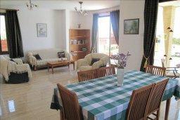 Гостиная. Кипр, Полис город : Вилла с 2-мя спальнями, с бассейном, приватным двориком с барбекю, расположена в Лачи