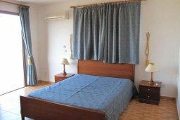 Спальня. Кипр, Полис город : Вилла с 2-мя спальнями, с бассейном, приватным двориком с барбекю, расположена в Лачи