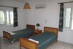 Спальня 2. Кипр, Полис город : Вилла с видом на море, с 2-мя спальнями, с бассейном, зелёным садом с патио и барбекю, расположена в Лачи