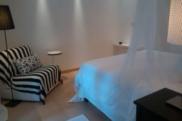 Спальня 2. Кипр, Св. Рафаэль Лимассол : Таунхаус с 2-мя спальнями, в комплексе с бассейном, расположен в Лимассоле