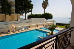 Кипр, Гермасойя Лимассол : Апартамент в 20 метрах от пляжа, с большой гостиной, двумя спальнями и двумя ванными комнатами, для 4 человек