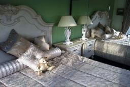 Кипр, Декелия - Ороклини : Вилла с 2-мя спальнями, зелёным садом с патио и барбекю, расположена в Ларнаке