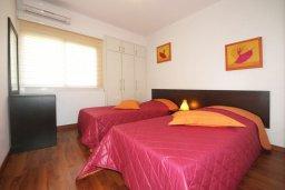 Спальня 2. Кипр, Айос Тихонас Лимассол : Апартамент в комплексе с бассейном, с гостиной и двумя спальнями, для 4 человек