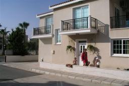 Ванная комната. Кипр, Декелия - Ороклини : Двухэтажная вилла недалеко от пляжа с зеленым двориком, 3 спальни, 2 ванные комнаты, Wi-Fi