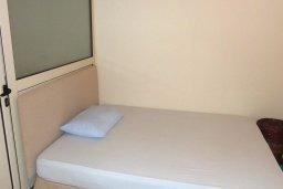 Прочее. Кипр, Декелия - Ороклини : Прекрасная вилла с бассейном в 115 метрах от пляжа, 3 спальни, 2 ванные комнаты, барбекю, парковка, Wi-Fi