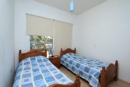 Спальня 2. Кипр, Гермасойя Лимассол : Мезонет с большой гостиной, тремя отдельными спальнями и двумя ванными комнатами, для 6 человек