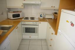 Кухня. Кипр, Мутаяка Лимассол : Апартамент 1 спальня, верхний этаж