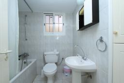 Кипр, Мутаяка Лимассол : Апартамент 2 спальни, 1 этаж