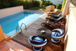 Кипр, Афродита Хиллз : Великолепная вилла с видом на море, с 3-мя спальнями, с бассейном, патио и барбекю
