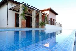 Кипр, Афродита Хиллз : Потрясающая вилла с видом на море, с 2-мя спальнями, с бассейном, приватным двориком и барбекю, расположена в Афродита Хиллз