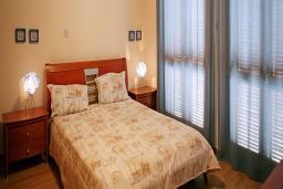 Кипр, Афродита Хиллз : Комфортабельная вилла с 3-мя спальнями, с бассейном и барбекю, расположена в Афродита Хиллз
