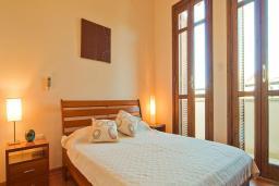Кипр, Афродита Хиллз : Таунхаус с 3-мя спальнями, в комплексе с общим бассейном и зелёным двориком, расположен в Афродита Хиллз
