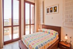 Кипр, Афродита Хиллз : Вилла с видом на море, с 2-мя спальнями, с бассейном, патио и барбекю, расположена в Афродита Хиллз