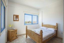 Спальня. Кипр, Сиренс Бич - Айя Текла : Вилла с 3-мя спальнями, с бассейном и барбекю, расположена у аквапарка Waterworld