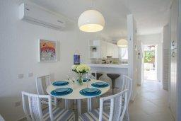 Кухня. Кипр, Санрайз Протарас : Традиционная вилла с 2-мя спальнями, с уютным двориком,  меблированной верандой с великолепным видом на море, расположена в самом центре Протараса