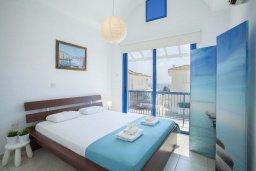 Спальня. Кипр, Пернера : Уютная вилла с 2-мя спальнями рядом с пляжем Sirina Bay,  с бассейном, меблированным патио с барбекю