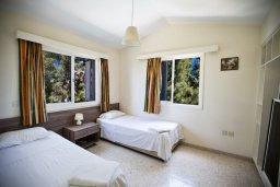 Спальня 2. Кипр, Нисси Бич : Прекрасная вилла с 4-мя спальнями, с большим бассейном, солнечной террасой с патио и барбекю
