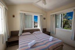 Спальня 3. Кипр, Нисси Бич : Прекрасная вилла с 4-мя спальнями, с большим бассейном, солнечной террасой с патио и барбекю