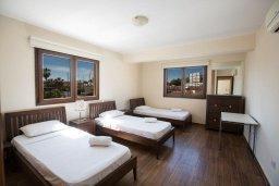 Спальня 2. Кипр, Центр Айя Напы : Современный апартамент с 2-мя спальнями и балконом, расположен в комплексе с общим бассейном в 400 метрах от пляжа Limanaki beach