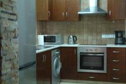 Кухня. Кипр, Писсури : Вилла с бассейном, гостиная, 2 спальни, место для барбекю, зеленый дворик, парковка, Wi-Fi