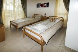 Спальня 2. Кипр, Пейя : Великолепная вилла с видом на море, с 3-мя спальнями, с бассейном, солнечной террасой и барбекю
