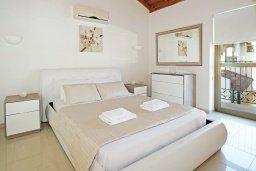 Спальня 2. Кипр, Ионион - Айя Текла : Роскошная двухэтажная вилла с 4-мя спальнями, с бассейном и крытой верандой расположена в тихом районе Айя Текла