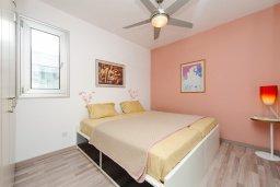 Спальня. Кипр, Пернера : Красивая двухэтажная вилла с 3-мя спальнями, с бассейном, с просторным приватным двориком и барбекю