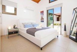 Спальня 2. Кипр, Ионион - Айя Текла : Удивительная вилла с 2-мя спальнями, 2-мя ванными комнатами, с бассейном и приватным двориком и барбекю, расположена в тихом и спокойном месте в прибрежной зоне Ayia Thekla