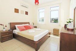 Спальня. Кипр, Фиг Три Бэй Протарас : Современная двухэтажная вилла с 2-мя спальнями, с бассейном, солнечной террасой, патио и традиционной печью