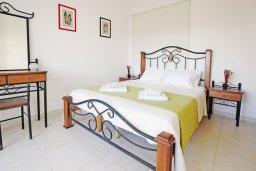Спальня 3. Кипр, Коннос Бэй : Двухэтажная вилла на берегу моря с 4-мя спальнями, с бассейном и солнечной террасой