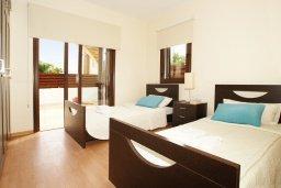 Спальня. Кипр, Ионион - Айя Текла : Прекрасная двухэтажная вилла в 100 метрах от моря с 3-мя спальнями,  с бассейном и приватным двориком