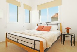 Спальня 2. Кипр, Пернера Тринити : Красивая двухэтажная вилла с 3-мя спальнями, с зелёным двориком и джакузи