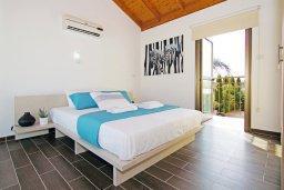 Спальня 3. Кипр, Ионион - Айя Текла : Потрясающая вилла с 4-мя спальнями, 3-мя ванными комнатами, с бассейном, верандой с патио, lounge-зоной и каменным барбекю, расположена в тихом комплексе в районе Ayia Thekla