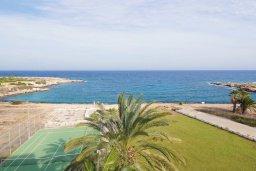 Вид на море. Кипр, Фиг Три Бэй Протарас : Современный апартамент с фантастическим панорамным видом на Средиземное море, с отдельной спальней, уютной гостиной и балконом,  расположен в нескольких минутах ходьбы до залива Fig Tree Bay